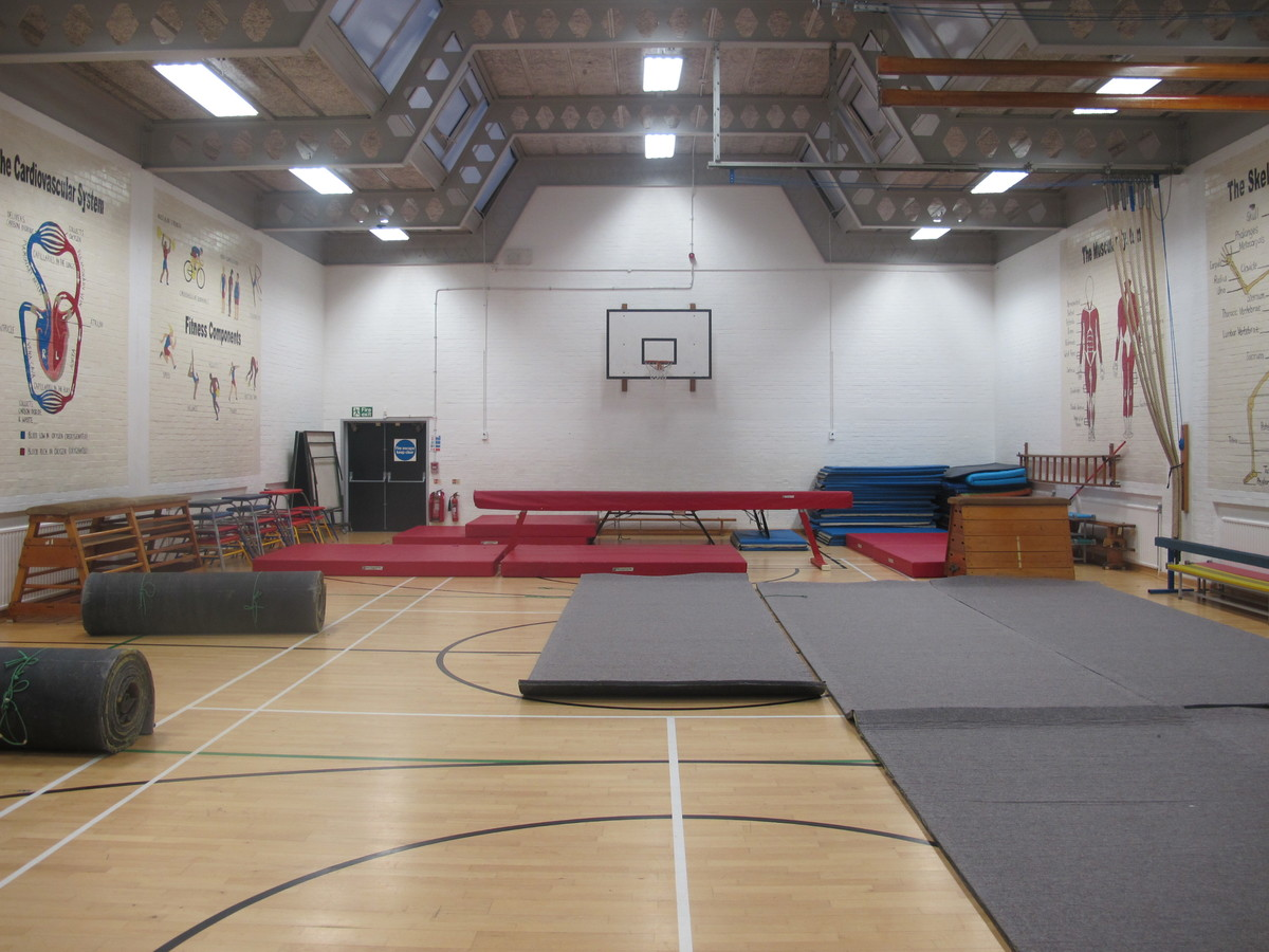 Gymnasium 2 (G008) - Plumstead Manor School - Greenwich - 3 - SchoolHire