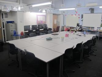 ICT Suite - Plumstead Manor School - Greenwich - 1 - SchoolHire