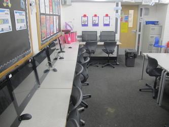 ICT Suite - Plumstead Manor School - Greenwich - 4 - SchoolHire