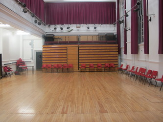 Meeting Hall (K028) - Plumstead Manor School - Greenwich - 1 - SchoolHire