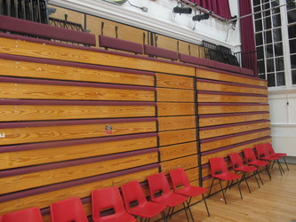 Meeting Hall (K028) - Plumstead Manor School - Greenwich - 3 - SchoolHire