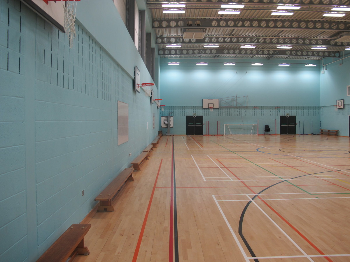 Sports Hall (H001) - Plumstead Manor School - Greenwich - 4 - SchoolHire