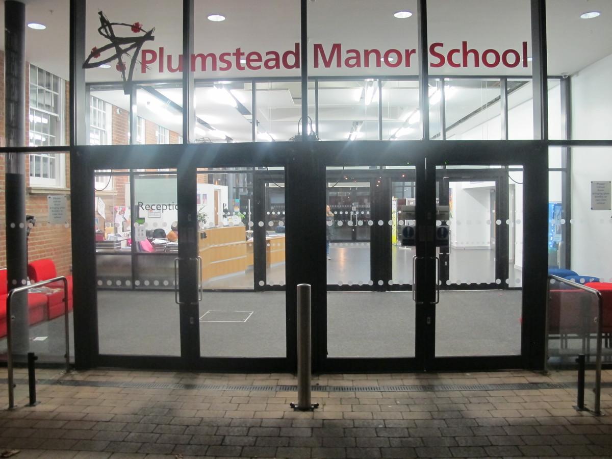 Plumstead Manor School - Greenwich - 1 - SchoolHire