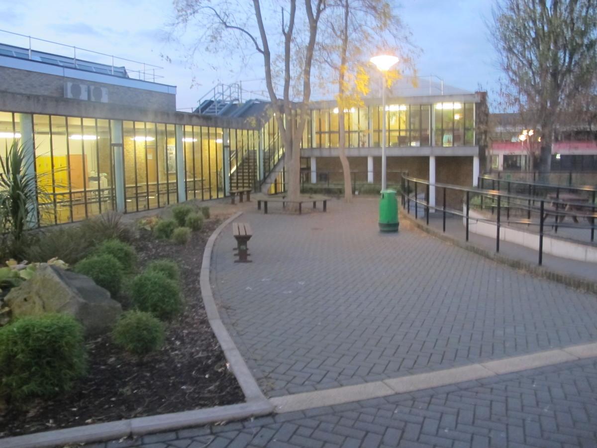 Plumstead Manor School - Greenwich - 2 - SchoolHire