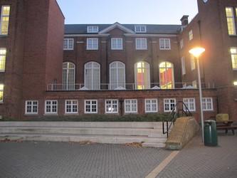 Plumstead Manor School - Greenwich - 3 - SchoolHire