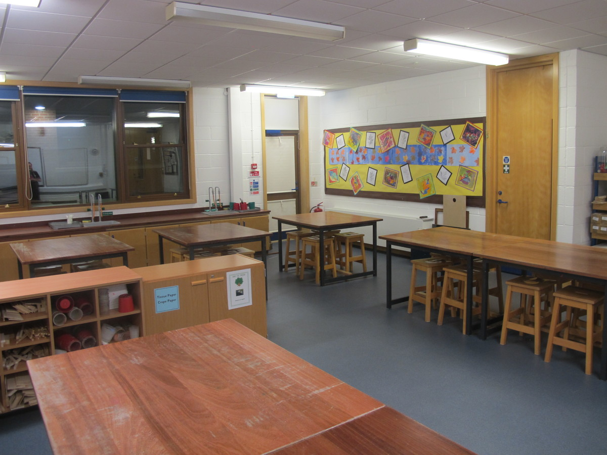 Art Room - Wake Wing - Northampton High School - Northamptonshire - 1 - SchoolHire