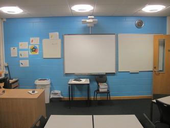 Classrooms - B Corridor - Northampton High School - Northamptonshire - 3 - SchoolHire