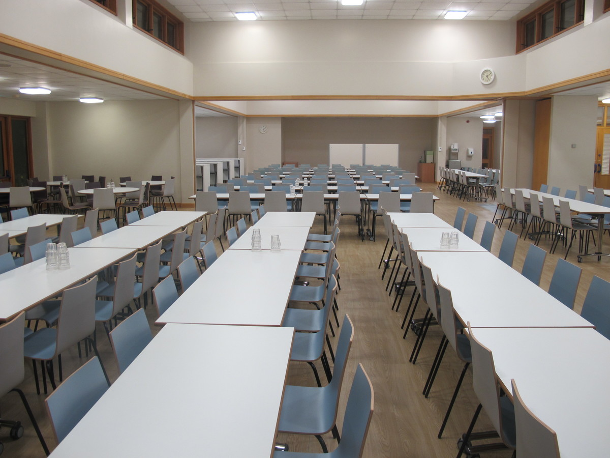 Dining Hall - Northampton High School - Northamptonshire - 4 - SchoolHire