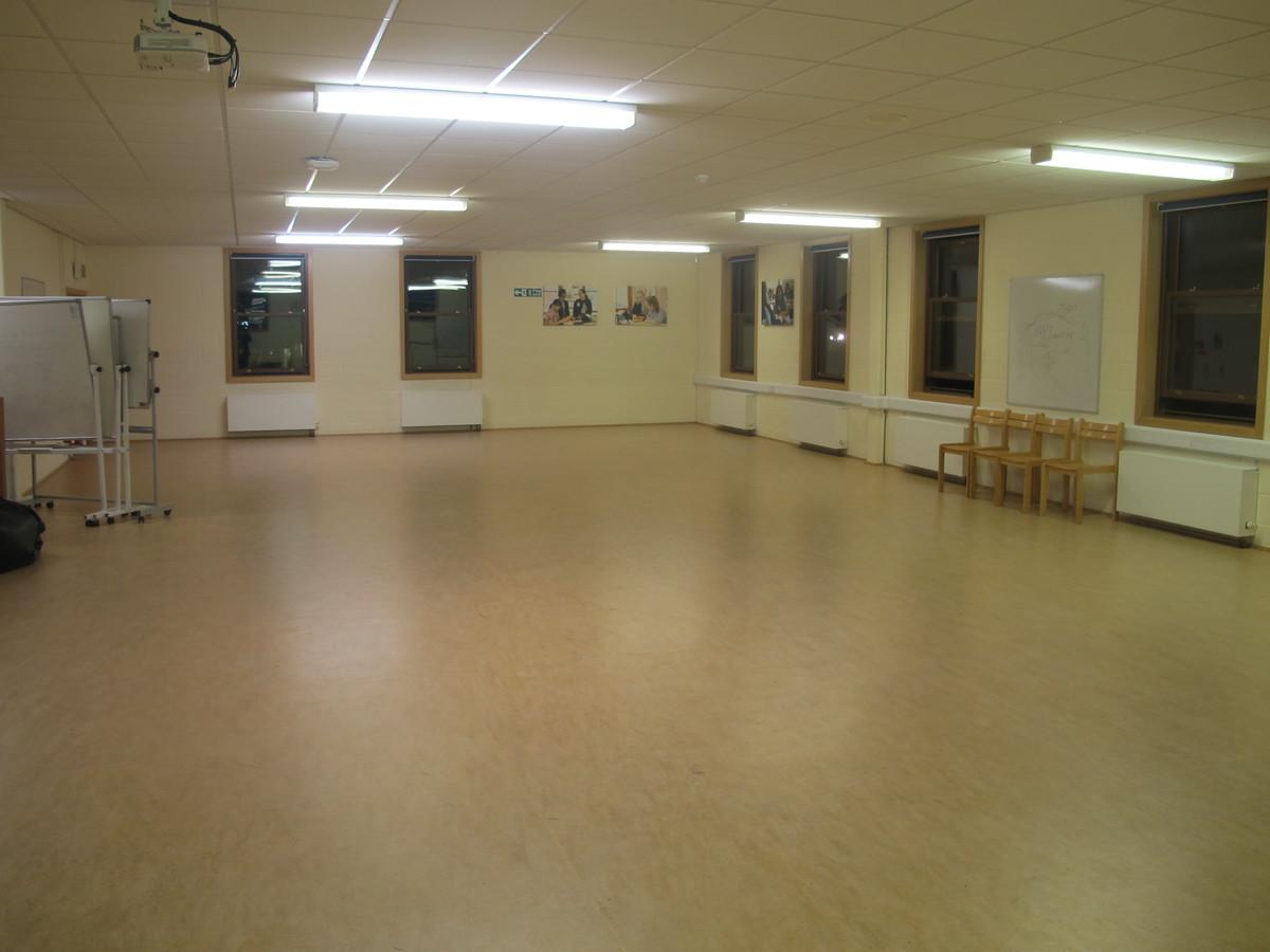 Wake Wing Studio - Northampton High School - Northamptonshire - 1 - SchoolHire