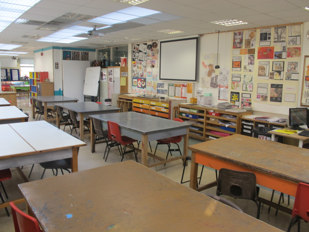Art Room - Charnwood College - Leicestershire - 1 - SchoolHire