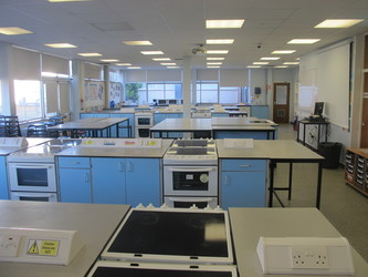 Food Technology Room - Charnwood College - Leicestershire - 1 - SchoolHire