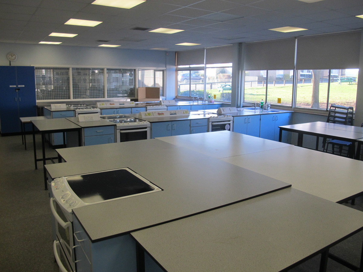 Food Technology Room - Charnwood College - Leicestershire - 4 - SchoolHire