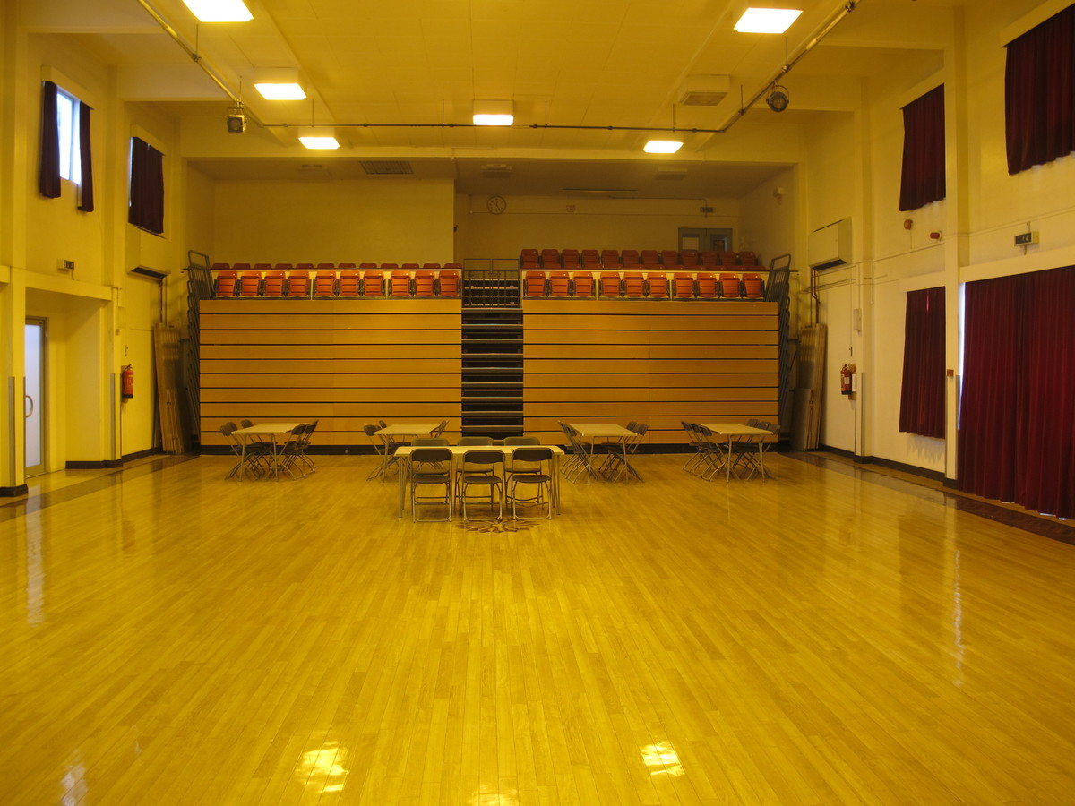 Main Hall - Charnwood College - Leicestershire - 3 - SchoolHire