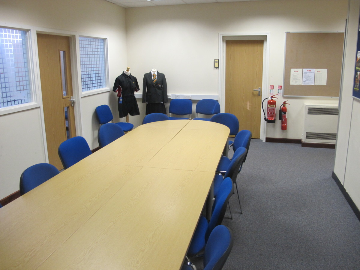 Meeting Room - Eggington - Charnwood College - Leicestershire - 1 - SchoolHire