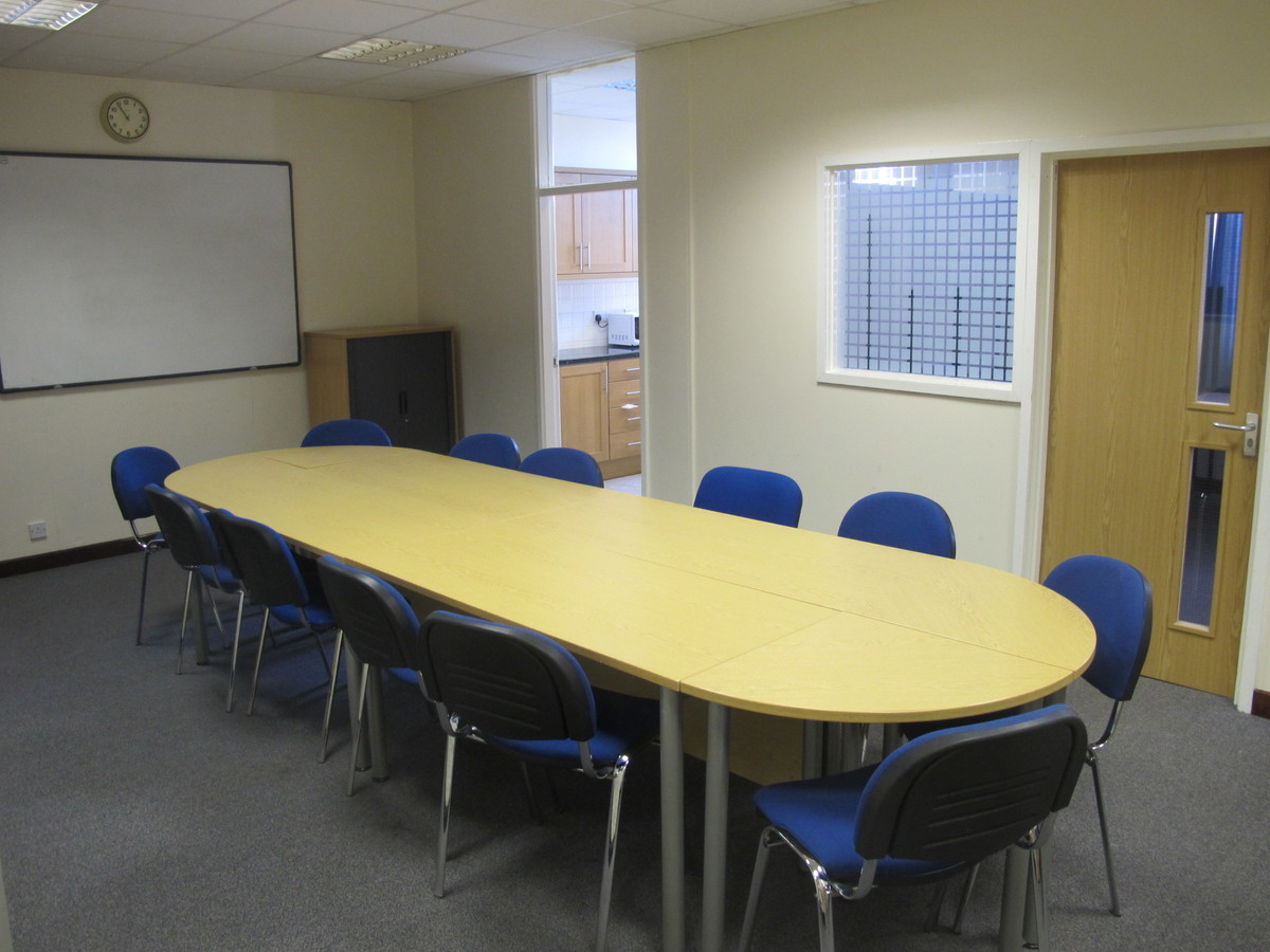 Meeting Room - Eggington - Charnwood College - Leicestershire - 2 - SchoolHire