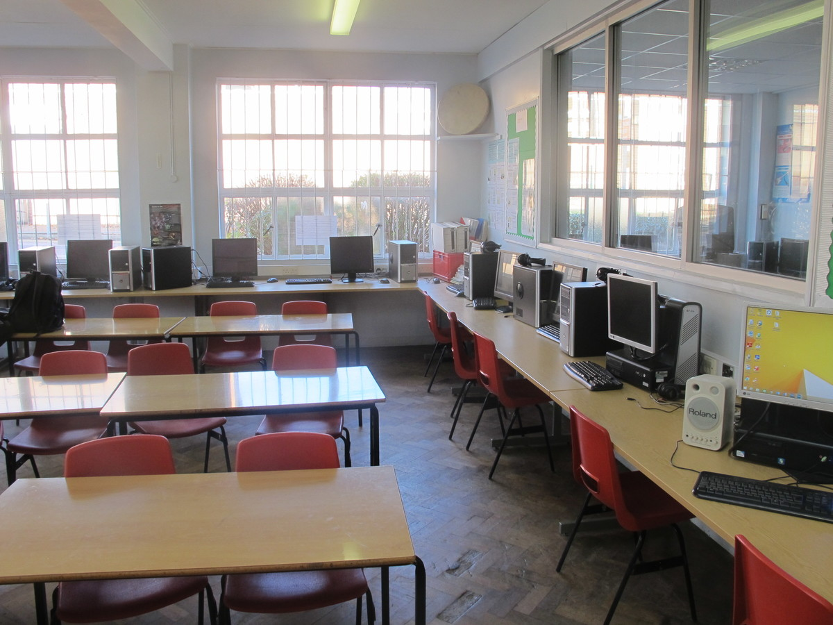 Music Room - Charnwood College - Leicestershire - 3 - SchoolHire
