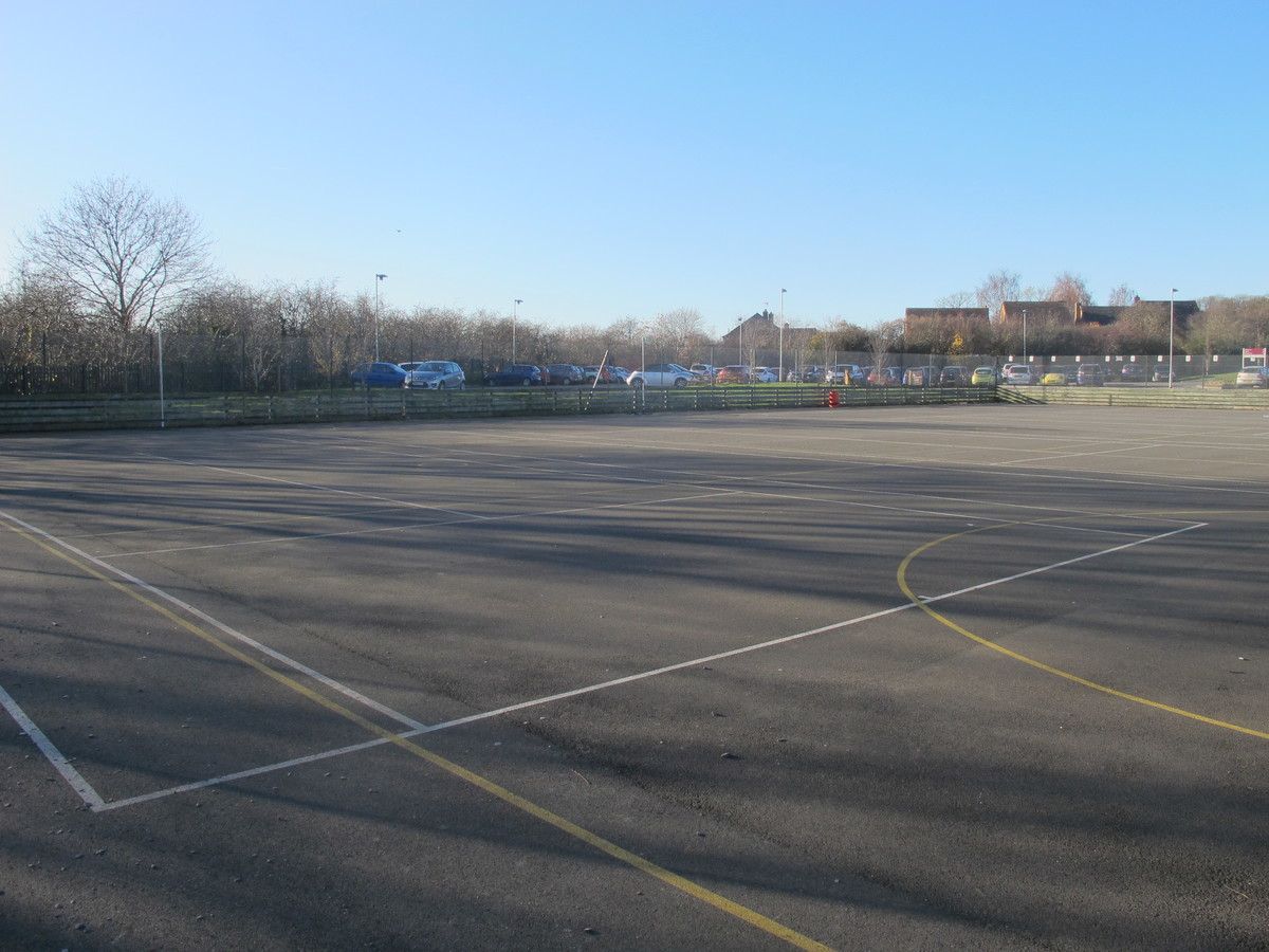 Netball / Tennis Courts - Charnwood College - Leicestershire - 1 - SchoolHire