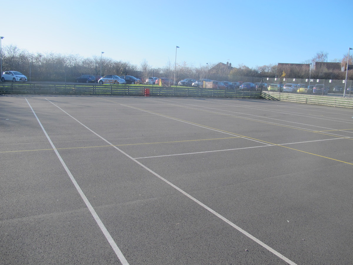 Netball / Tennis Courts - Charnwood College - Leicestershire - 3 - SchoolHire