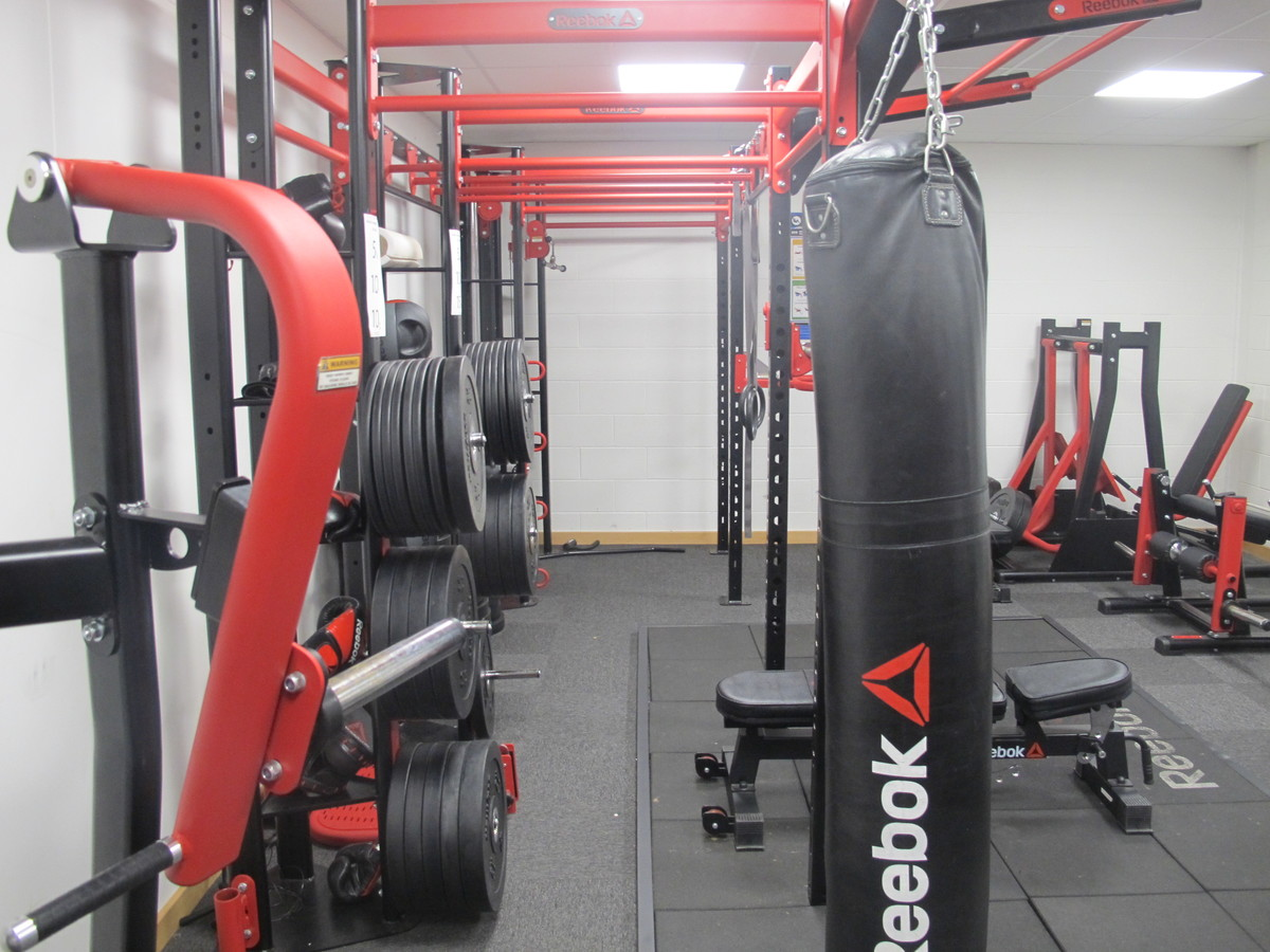 SC - Weights Room - Charnwood College - Leicestershire - 3 - SchoolHire