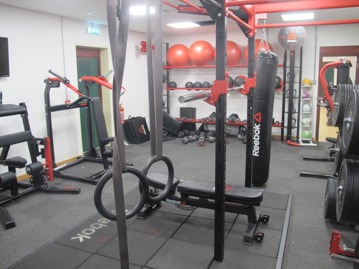 SC - Weights Room - Charnwood College - Leicestershire - 4 - SchoolHire