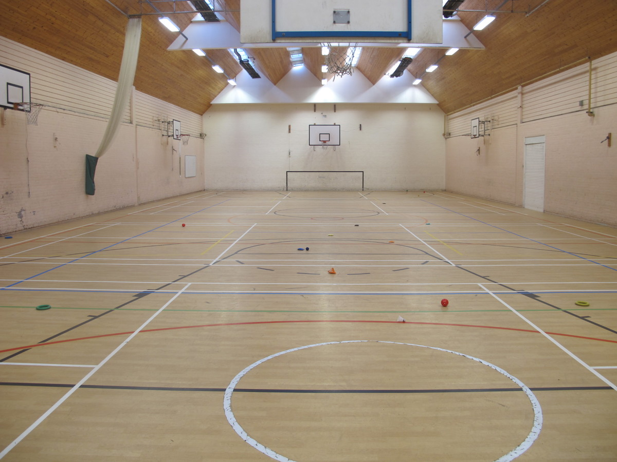 Sports Hall - Charnwood College - Leicestershire - 4 - SchoolHire