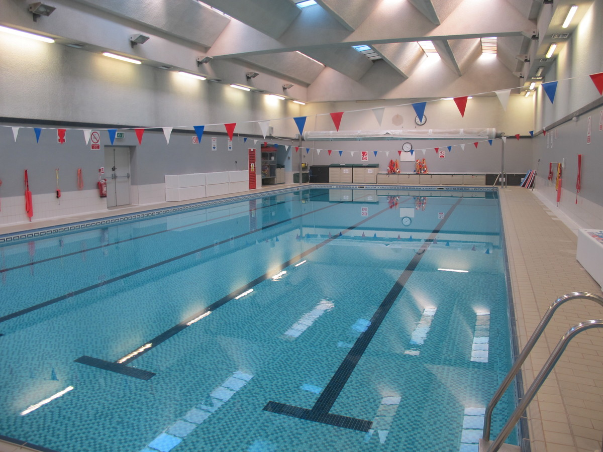 Swimming Pool - Charnwood College - Leicestershire - 1 - SchoolHire
