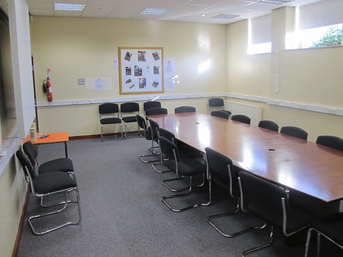 Conference Room - Charnwood College - Leicestershire - 2 - SchoolHire
