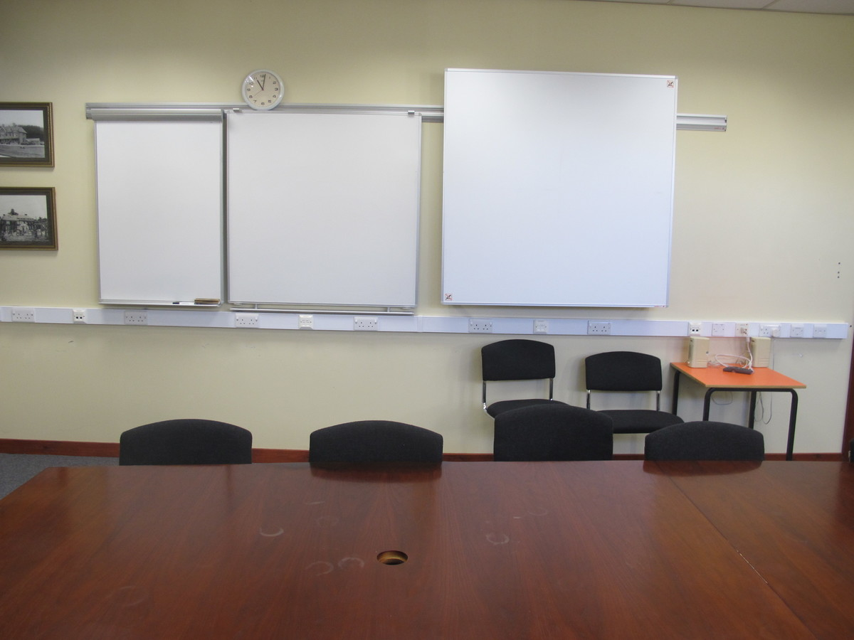 Conference Room - Charnwood College - Leicestershire - 3 - SchoolHire