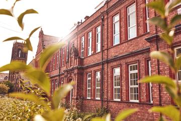 Newcastle High School for Girls - Newcastle - 4 - SchoolHire
