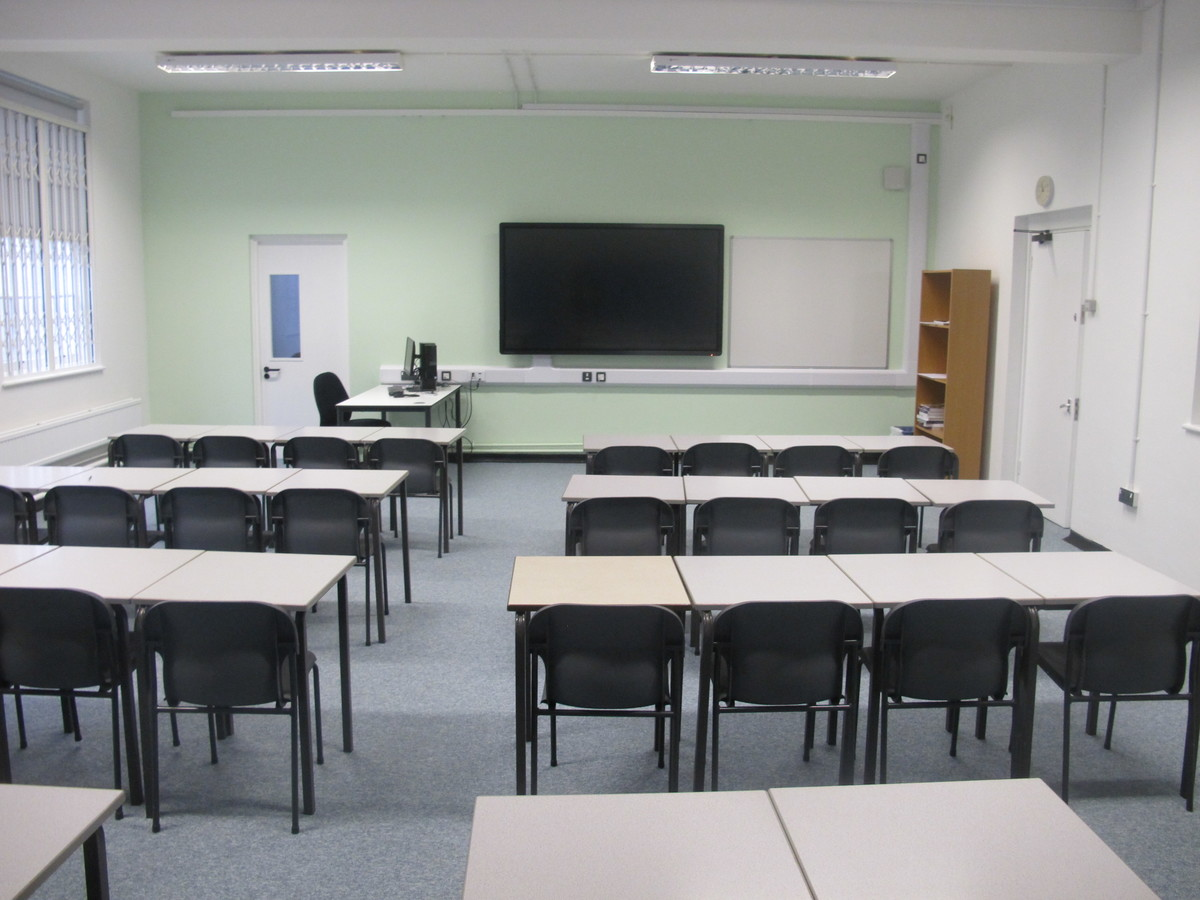 Classroom - Main School - Woodford County High School - Essex - 1 - SchoolHire