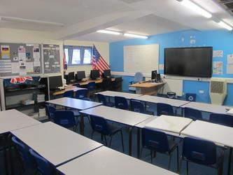 Classroom - Sports Hall - Woodford County High School - Essex - 1 - SchoolHire