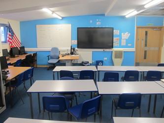 Classroom - Sports Hall - Woodford County High School - Essex - 4 - SchoolHire