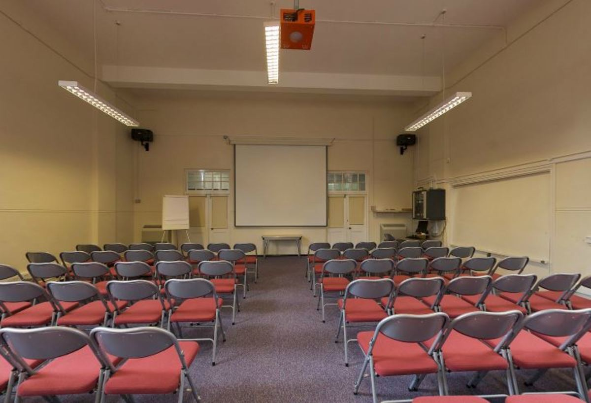 Conference Hall - Woodford County High School - Essex - 1 - SchoolHire