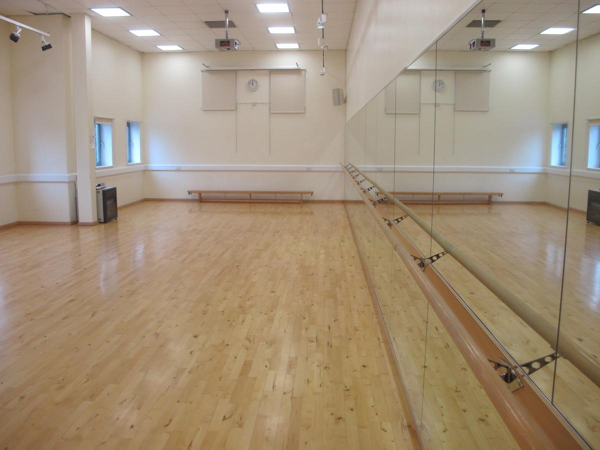 Dance Studio - Woodford County High School - Essex - 3 - SchoolHire