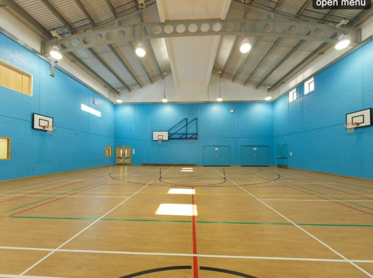Sports Hall - Woodford County High School - Essex - 1 - SchoolHire