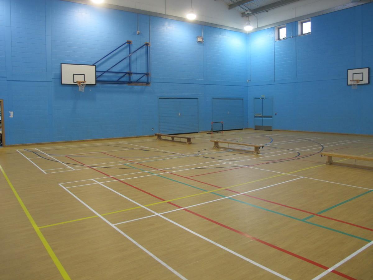Sports Hall - Woodford County High School - Essex - 3 - SchoolHire