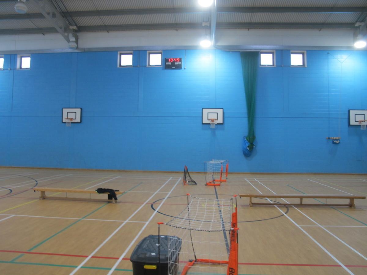 Sports Hall - Woodford County High School - Essex - 4 - SchoolHire