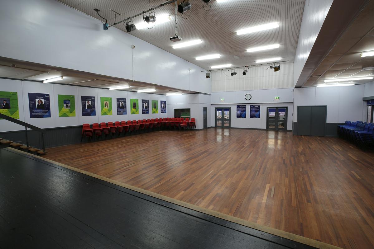 Main Hall - Nunthorpe Academy - Middlesbrough - 2 - SchoolHire