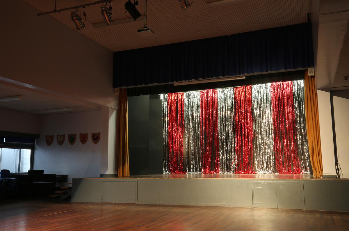 Main Hall - Nunthorpe Academy - Middlesbrough - 4 - SchoolHire