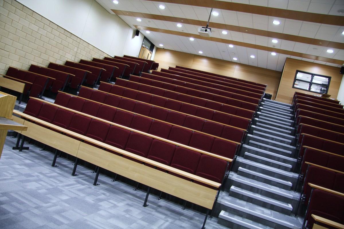 Lecture Theatre - Emmanuel College - Gateshead - 4 - SchoolHire
