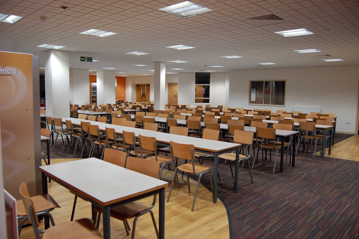 Restaurant  - Emmanuel College - Gateshead - 1 - SchoolHire