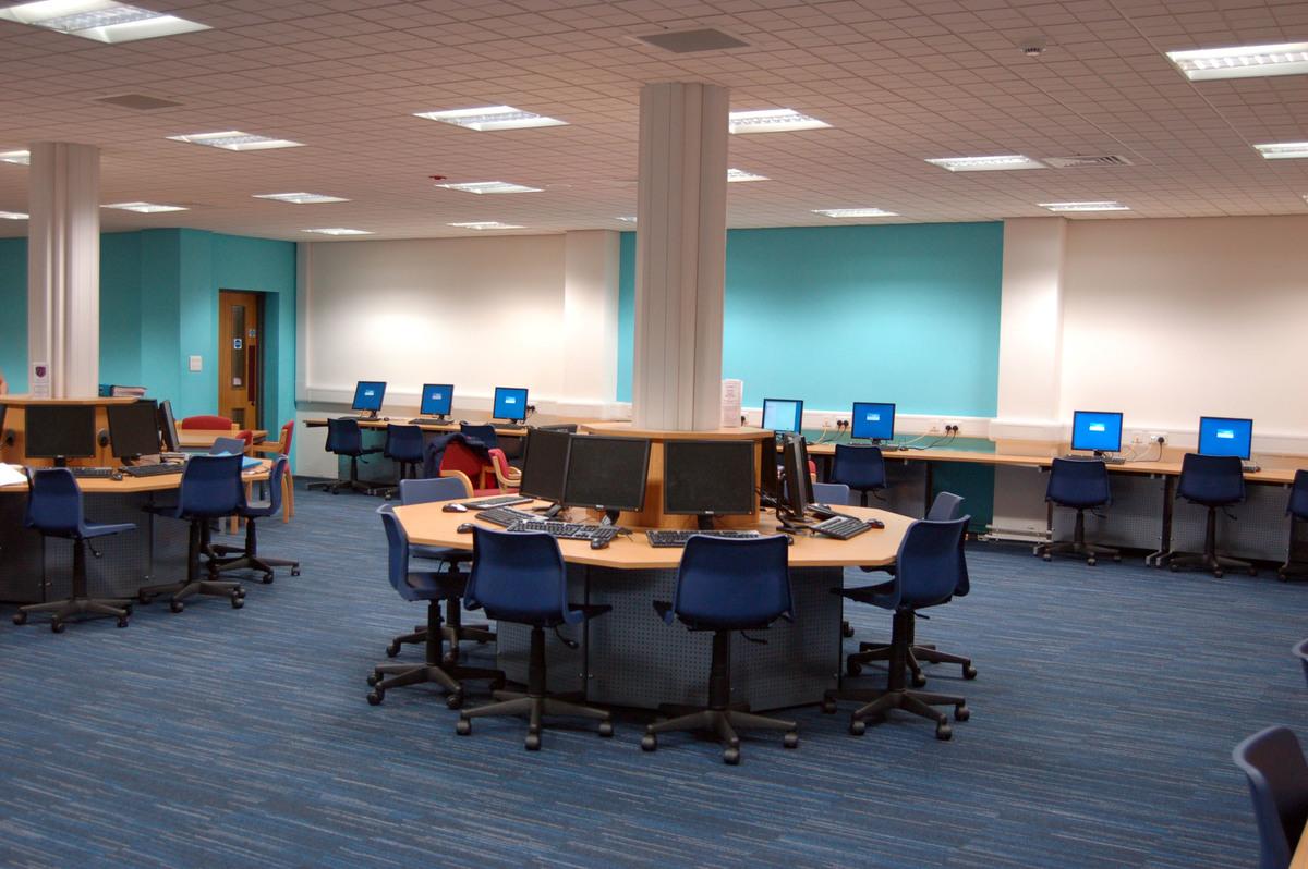 Sixth Form Centre - Emmanuel College - Gateshead - 1 - SchoolHire