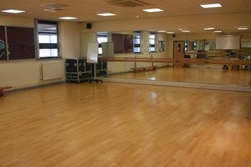 Dance Studio - Trinity Academy - Doncaster - 3 - SchoolHire