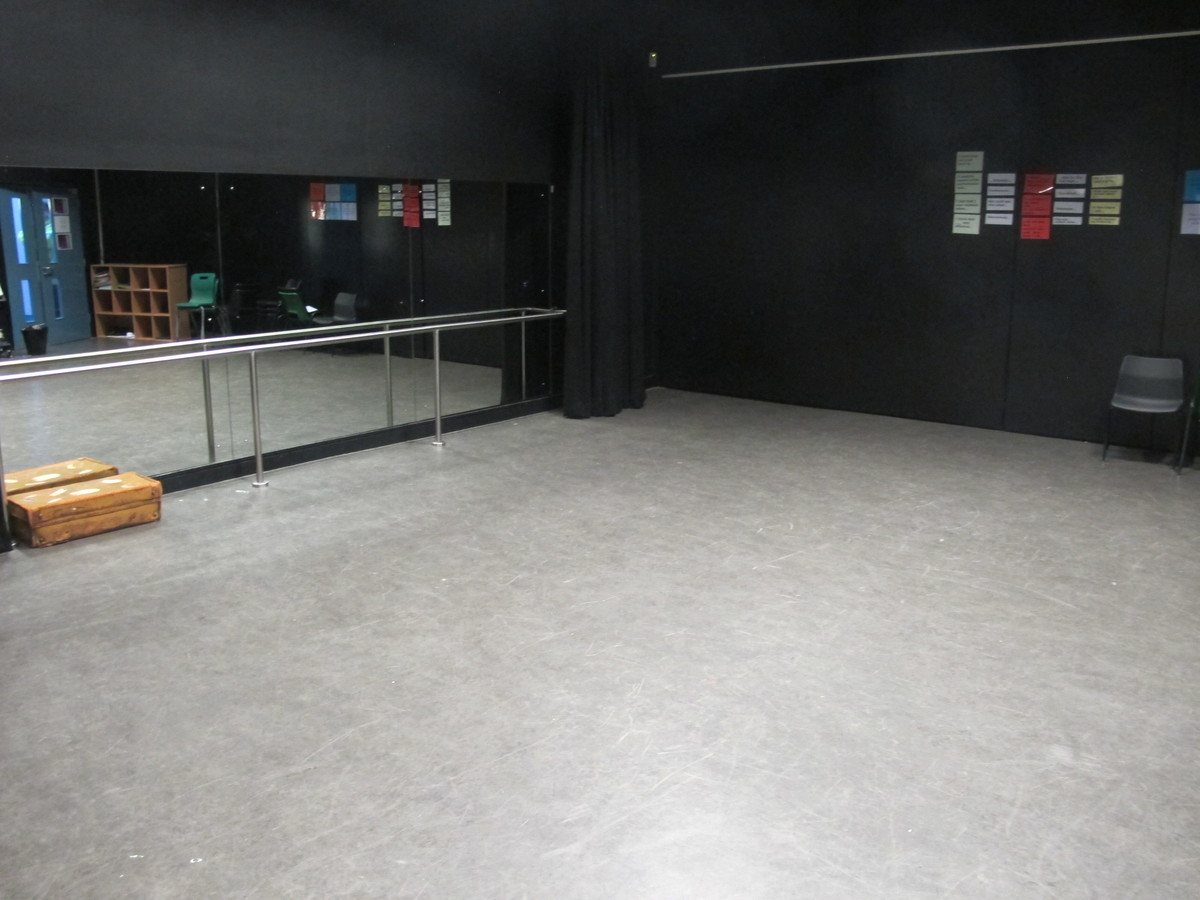 Dance Studio - The Catholic High School - Cheshire West and Chester - 3 - SchoolHire