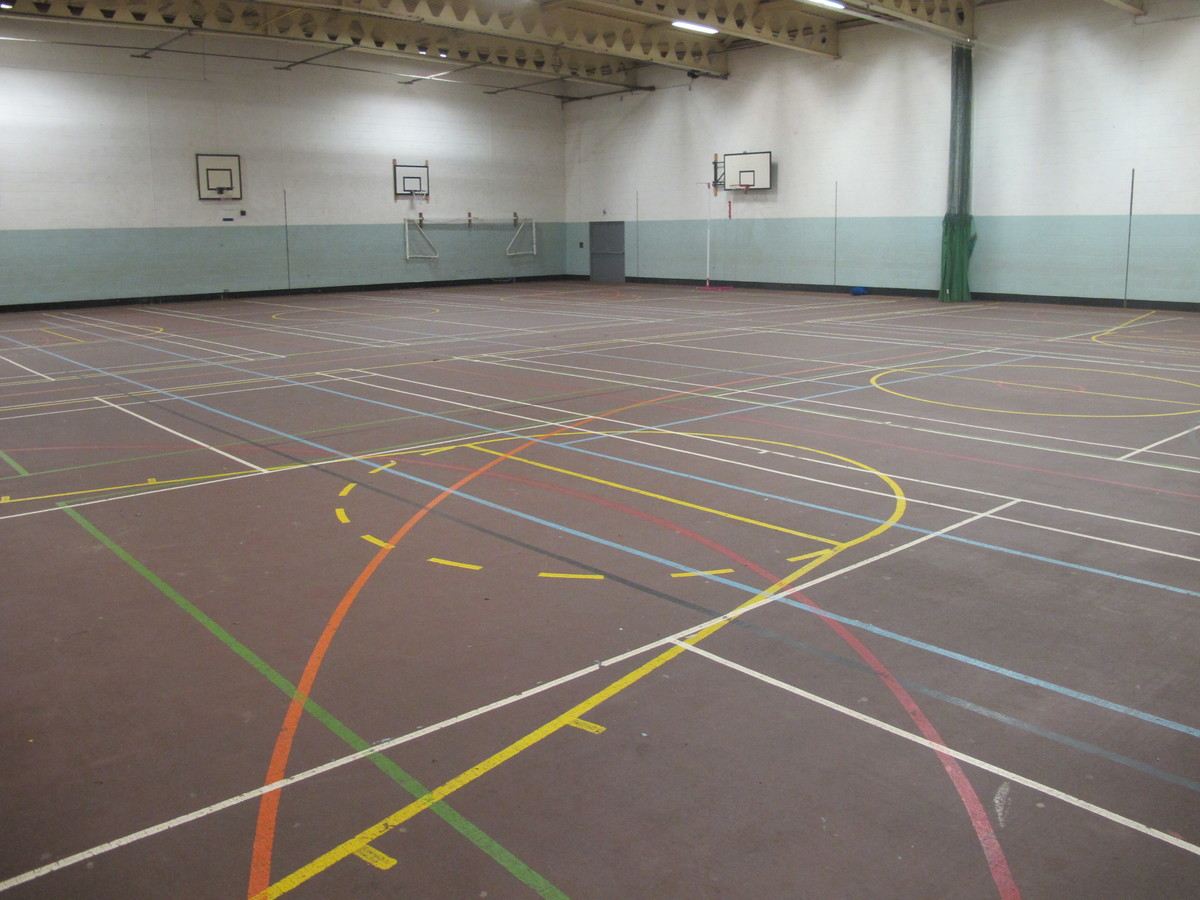 Sports Hall - The Catholic High School - Cheshire West and Chester - 3 - SchoolHire