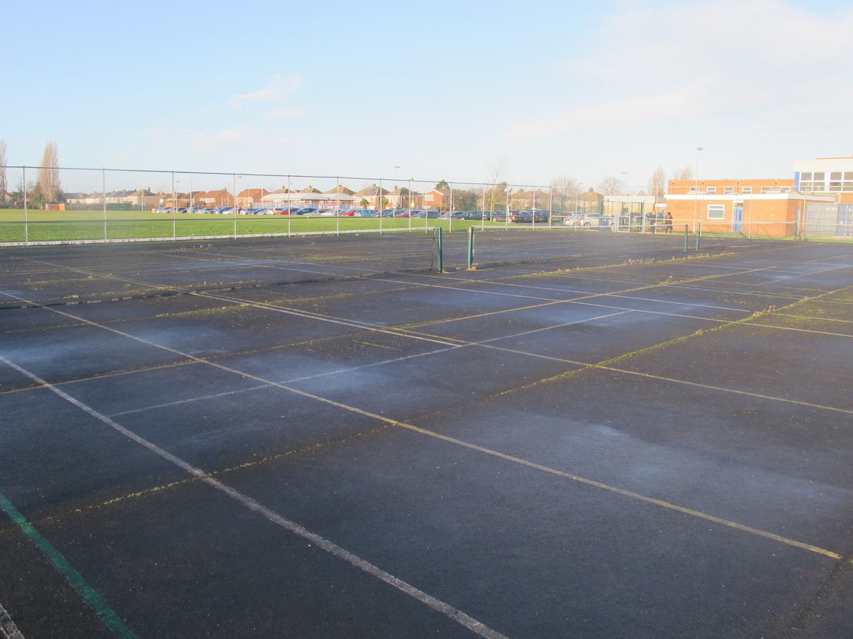 Tennis Courts - Havelock Academy - North East Lincolnshire - 3 - SchoolHire
