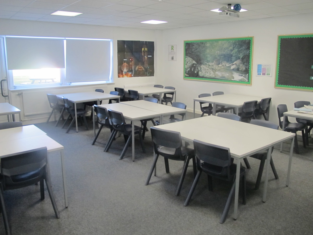 Classrooms - Standard - Humberston Academy - North East Lincolnshire - 2 - SchoolHire