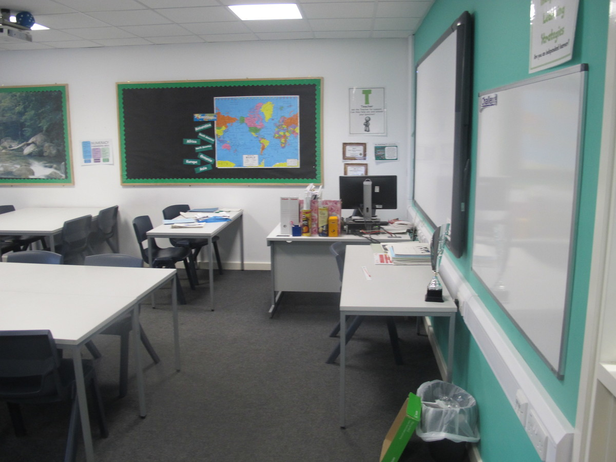Classrooms - Standard - Humberston Academy - North East Lincolnshire - 3 - SchoolHire