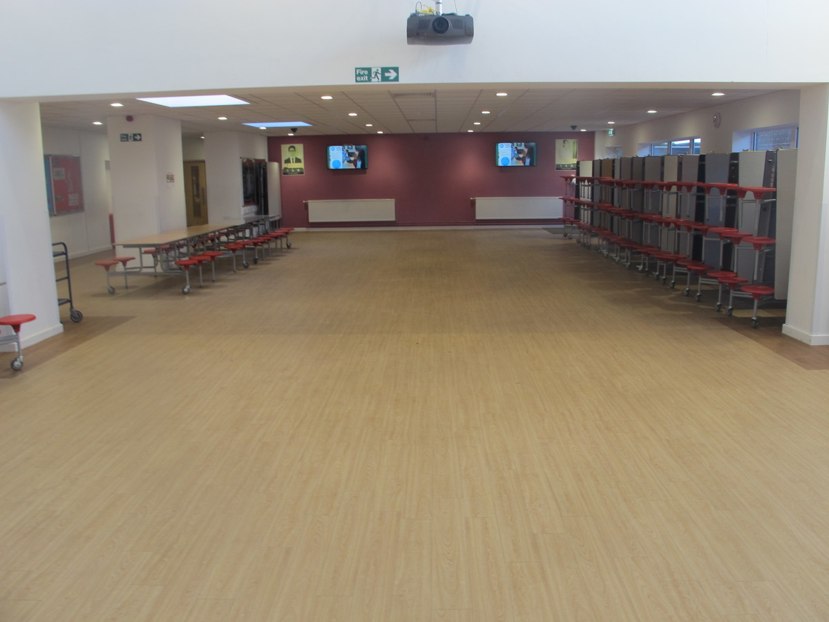 Dining Hall - Humberston Academy - North East Lincolnshire - 2 - SchoolHire