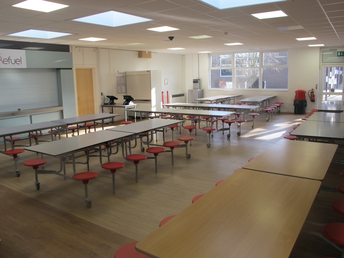 Dining Hall - Humberston Academy - North East Lincolnshire - 3 - SchoolHire